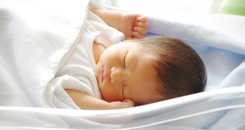 赤ちゃんの睡眠環境と眠りについて