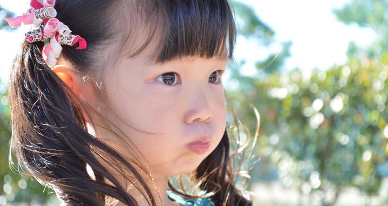 子どもが大人を困らせる「試し行動」の原因と対策