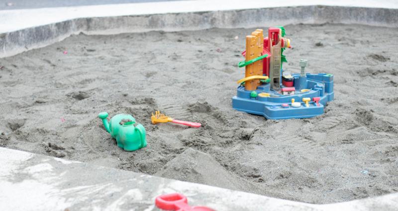 子どもと砂場遊びをしよう!公園の砂場選びのコツもご紹介